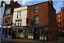 SP5206 : The Half Moon, St Clements Street, Oxford by Bill Boaden
