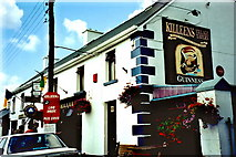 M9625 : Shannonbridge - Killeen's Pub along Main St (R357) by Joseph Mischyshyn