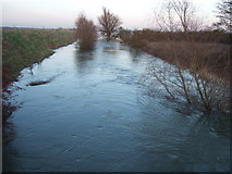 TL4279 : Fast flowing - The Ouse Washes at Sutton Gault by Richard Humphrey