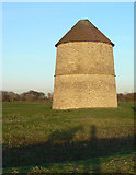 SK7645 : Sibthorpe Dovecote by Alan Murray-Rust