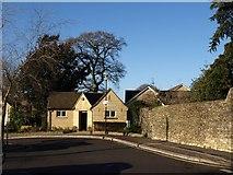 ST8893 : Public conveniences, Tetbury by Derek Harper