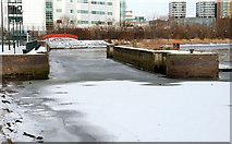 J3473 : The frozen River Lagan, Belfast (8) by Albert Bridge