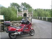 X1096 : Dromana Bridge & Hindu/Gothic Arch by Jamie Carroll