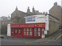 SE1437 : Bargain Booze - Saltaire Road by Betty Longbottom