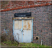 TG2407 : 2-3 Railway Arches by Evelyn Simak