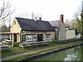 SP4815 : The Jolly Boatman Pub, Thrupp by canalandriversidepubs co uk