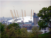 TQ3979 : O2 Arena as seen from Greenwich Park by Christine Matthews