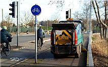 J3371 : Street sweeper, Stranmillis, Belfast (2) by Albert Bridge