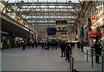 TQ3179 : Waterloo station concourse by Thomas Nugent