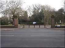 SJ3787 : Sefton Park - entrance gateway from Aigburth Drive by John S Turner