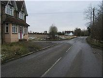 TL1055 : By Chequers Hill by Shaun Ferguson