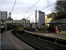 SE1537 : Platforms 1 & 2, Shipley Station by Stephen Armstrong