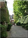 TQ2879 : Wilton Row London SW1 by Chris Gunns