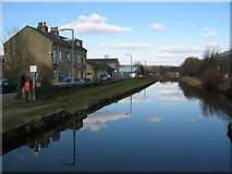 SE1537 : Leeds & Liverpool Canal at Shipley by Stephen Armstrong