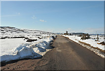 NH5639 : Road across the moorland near Abriachan by Steven Brown