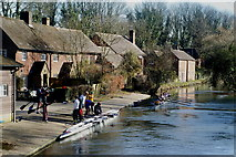 SU4828 : Rowers on the Itchen Navigation, Winchester by Peter Trimming