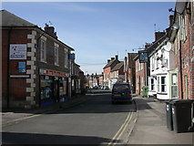 SU1660 : Pewsey, High Street by Mike Faherty