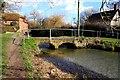 SU4090 : Footpath alongside Letcombe Brook by Steve Daniels