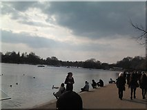TQ2780 : The Serpentine, Hyde Park by Robert Lamb