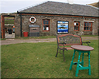 NR7204 : The Byron Darnton Tavern, Sanda Island by Becky Williamson