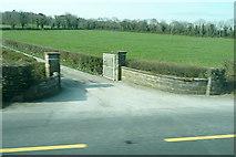 R8340 : Gateway at Ballylahif by Graham Horn