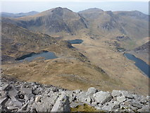 SH6659 : Northern Glyders and Three Lakes from Tryfan Summit by Ivan Hall