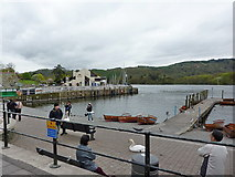SD4096 : Bowness Bay, Lake Windermere by Alexander P Kapp