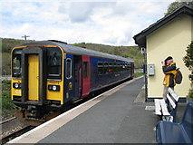 SX2553 : Train in Looe Station by Sarah Charlesworth
