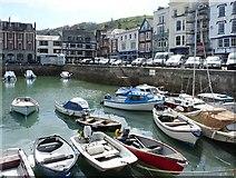 SX8751 : Inner harbour, Dartmouth by Robin Drayton