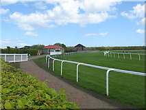 NT3473 : The 'top' bend at Musselburgh Racecourse by James Denham