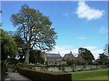 SX7962 : Dartington Hall Gardens by Tom Jolliffe