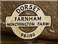 ST9615 : Farnham: detail of Minchington Farm finger-post by Chris Downer