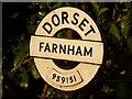 ST9515 : Farnham: finger-post finial by Chris Downer