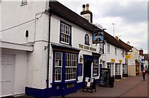 SU4208 : The Lord Nelson on High Street by Steve Daniels