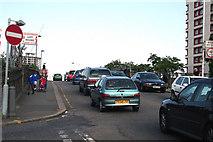 TQ3266 : Croydon:  The A222 at Windmill Bridge by Dr Neil Clifton