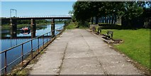 NS3975 : Riverside walkway by Lairich Rig