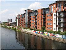 SJ8297 : Irwell-side apartments by Jonathan Wilkins