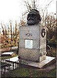 TQ2887 : Grave of Karl Marx, Highgate Cemetery by nick macneill