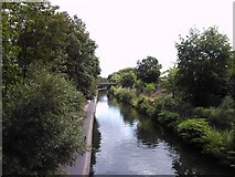 TQ2783 : View of the Regent's Canal from Primrose Hill Bridge by Robert Lamb