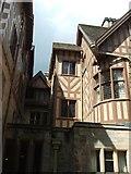 NU0702 : Cragside House. by Simon Huguet