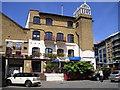 TQ2777 : Ransome's Dock Restaurant and Bar Pub, Battersea by canalandriversidepubs co uk
