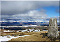 NS5683 : Earl's Seat Trig Point by Ron Shephard
