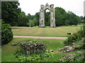 TF9336 : Ruins of the priory church in the Abbey gardens at Walsingham by Sarah Charlesworth