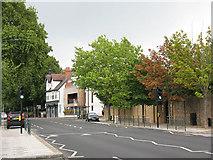 TQ1875 : Sheen Road, resurfaced by Stephen Craven