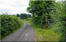 NY7509 : Footpath to Waitby leaves the lane by Bill Boaden