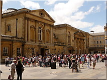 ST7564 : Bath: Abbey Churchyard and the Pump Rooms by Chris Downer