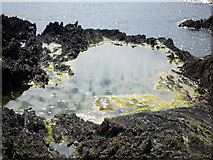 HZ1970 : Gunglesund Rock Pool by Julian Paren