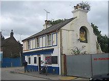 TQ5474 : The Phoenix Public House, Dartford by David Anstiss