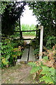 TQ0621 : Footpath over the brook by Graham Horn