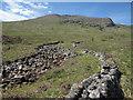 NN2543 : Dry stone wall along Allt Toaig by Hugh Venables